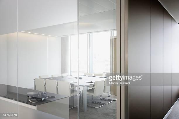 Leeren Konferenzraum im modernen Büro