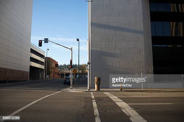 empty crosswalk - road junction stock pictures, royalty-free photos & images
