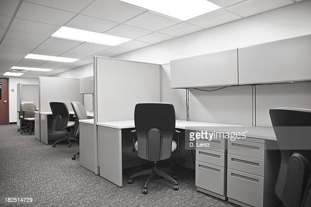 empty cubicle - fluorescent light stock pictures, royalty-free photos & images