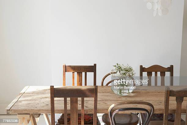 empty dining room - dining room stock pictures, royalty-free photos & images
