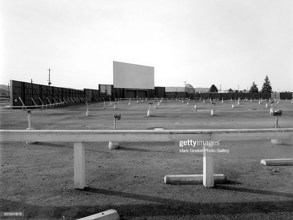 Empty Drive In Theater Parking Lot 1960s News Photo Getty Images