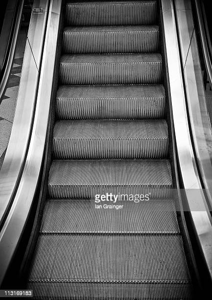 empty escalator - ian grainger stock pictures, royalty-free photos & images