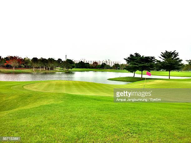 empty golf course - green golf course stock pictures, royalty-free photos & images
