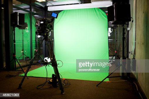 402 Green Screen Background Photos And Premium High Res Pictures Getty Images