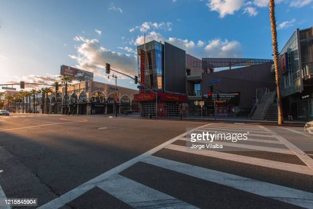 empty hollywood streets - hollywood boulevard stock pictures, royalty-free photos & images