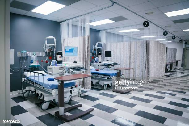 empty hospital beds - emergency room stock pictures, royalty-free photos & images