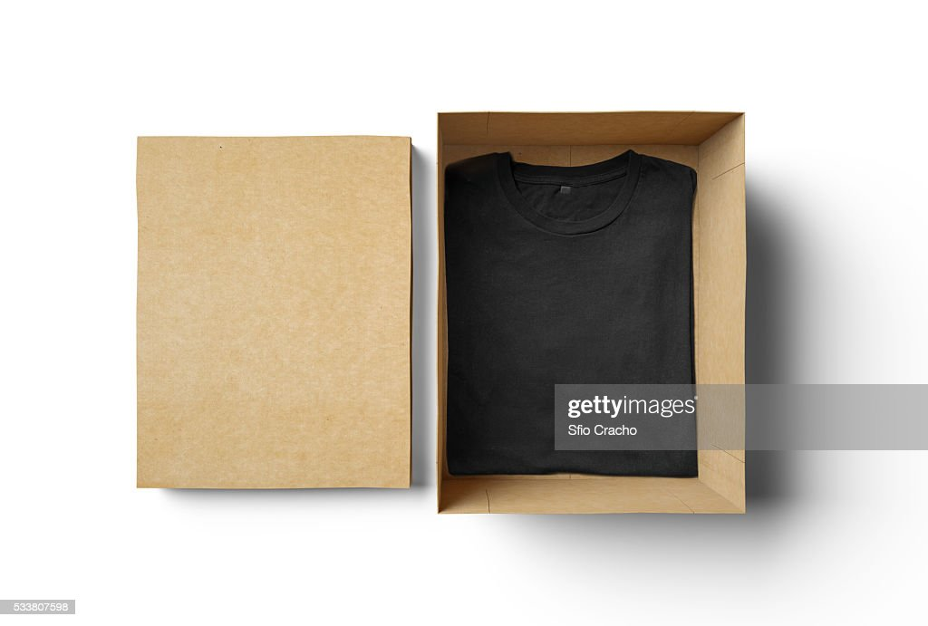 Empty isolated box and black tshirt : Foto stock