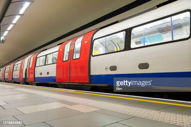 empty london subway, covid-19 effect, united kingdom - tube stock pictures, royalty-free photos & images