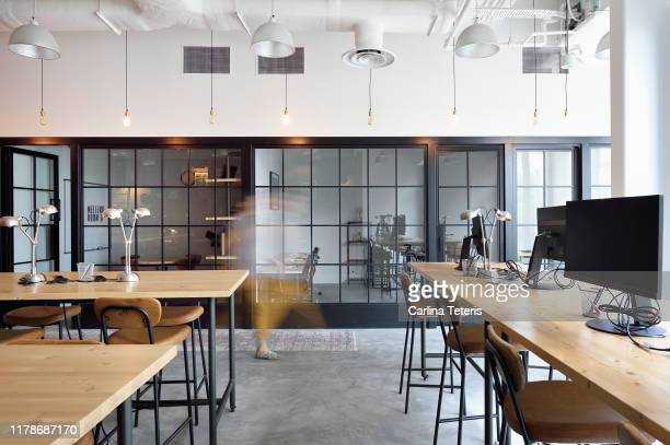 empty modern co-working space - office stock pictures, royalty-free photos & images