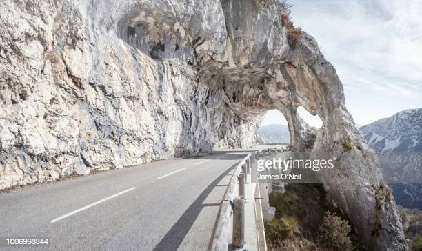 empty mountain road - nature stock pictures, royalty-free photos & images