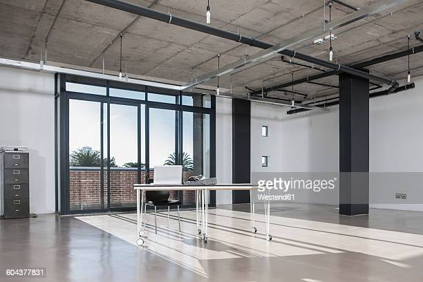 empty new office - makeshift stock pictures, royalty-free photos & images