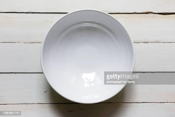 empty noodles soup bowl - soup bowl stock pictures, royalty-free photos & images