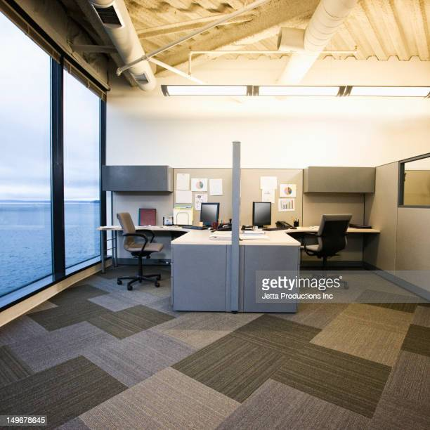 empty office cubicles - jetta productions stock pictures, royalty-free photos & images