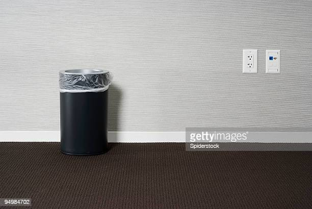 empty office - garbage bin stock pictures, royalty-free photos & images