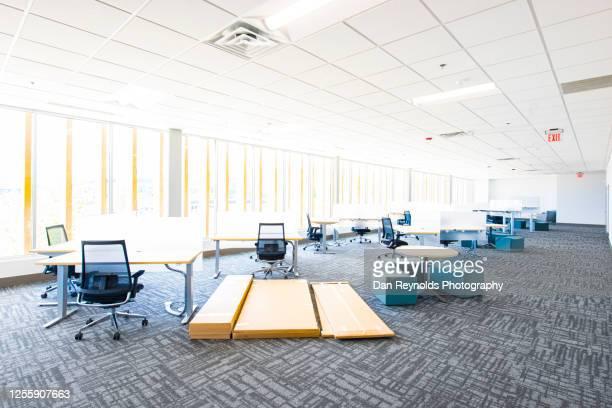 empty office space hdr - abszess stock-fotos und bilder