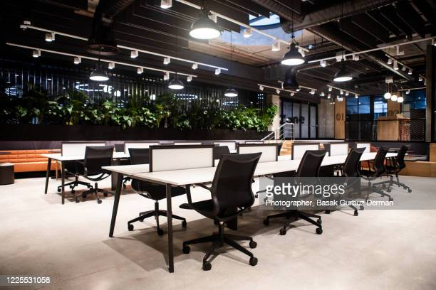 empty office / workplace - office stock pictures, royalty-free photos & images