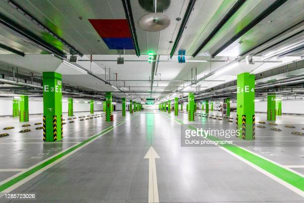 empty parking garage - column stock pictures, royalty-free photos & images