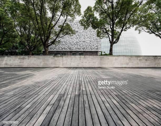 empty parking lot - terrasse panoramique photos et images de collection