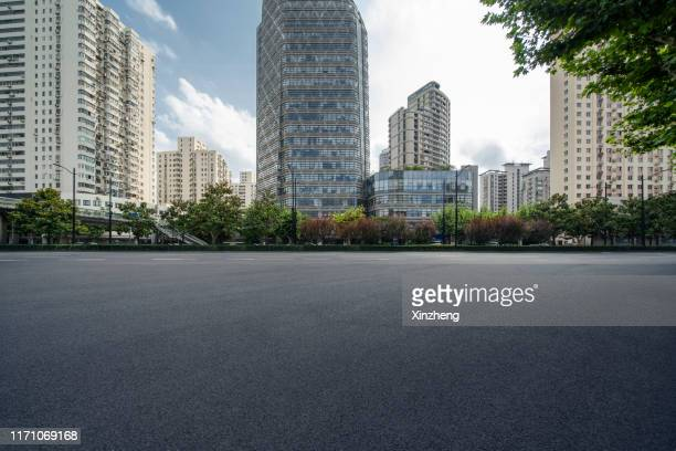 empty parking lot - pedestrian zone stock pictures, royalty-free photos & images