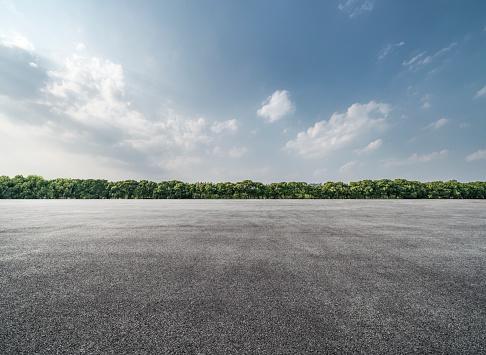 Empty Parking Lot - gettyimageskorea