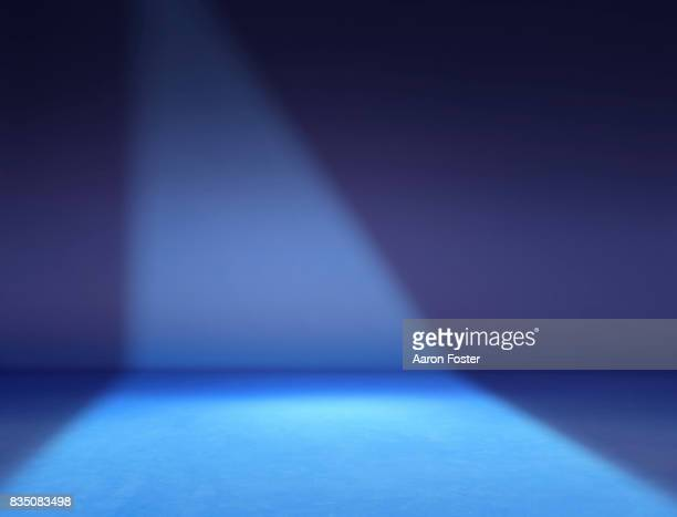 empty photography studio. - spotlight stock pictures, royalty-free photos & images