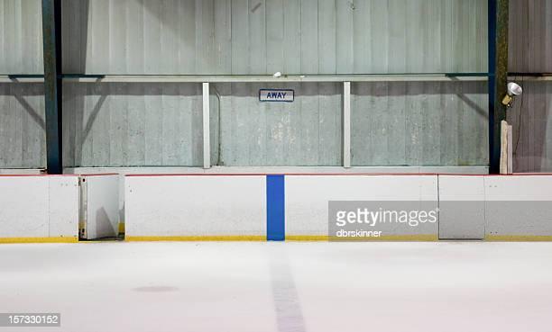 Vide joueur banc à un stade de hockey