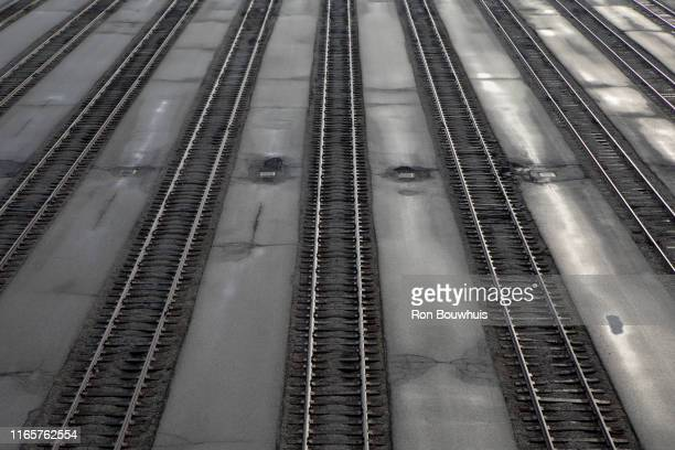 empty railroad tracks - parallel stock pictures, royalty-free photos & images