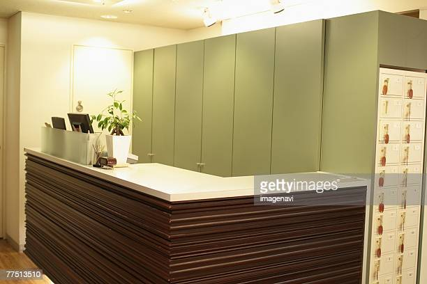 Empty Reception Desk in Hairsalon
