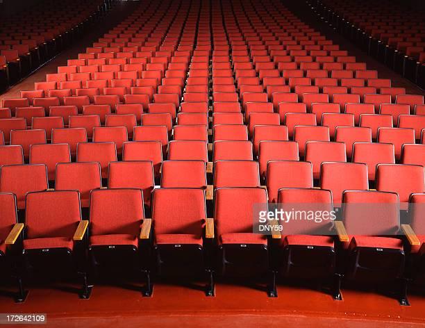 Leere Rot Theaterbestuhlung