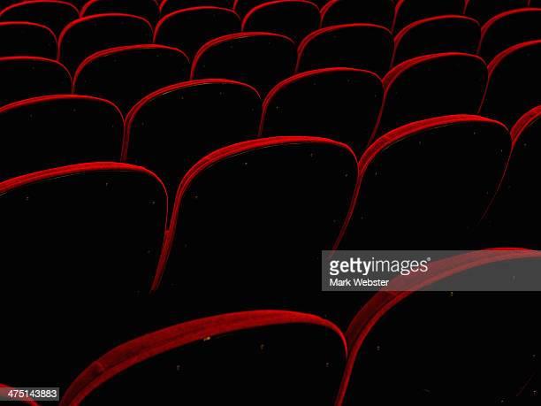 empty retro cinema seats - her 2013 film stock photos and pictures