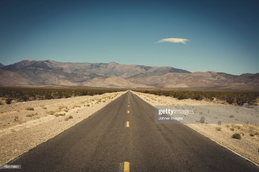 Empty road in desert : Stock Photo