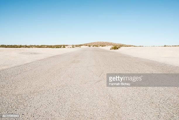 empty road in the Nevada dessert