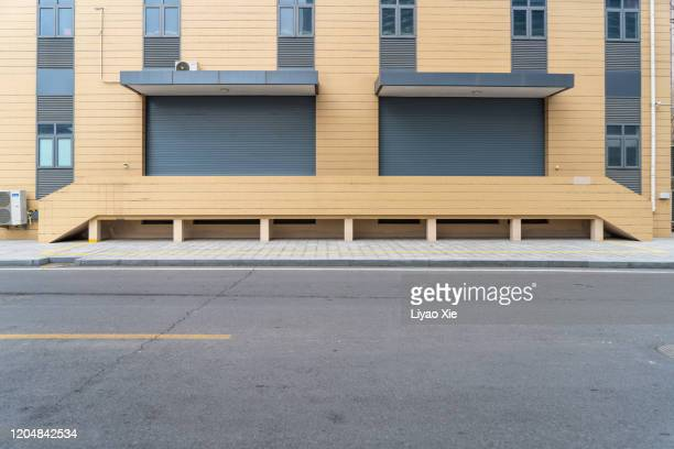 empty road in the street - liyao xie stock pictures, royalty-free photos & images