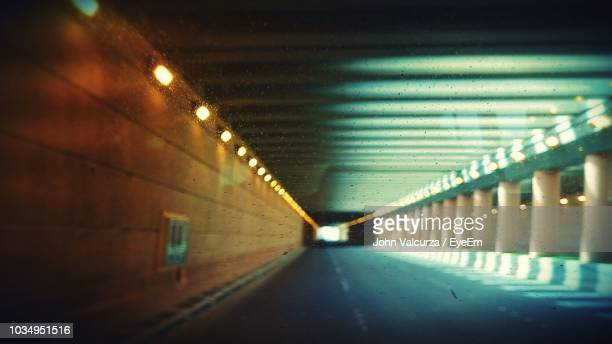 empty road in tunnel - riyadh stock pictures, royalty-free photos & images