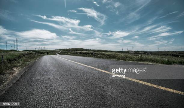 empty road - empty road stock pictures, royalty-free photos & images