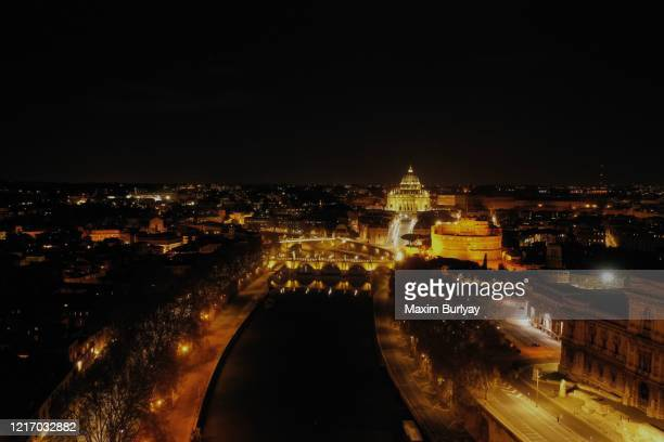 empty rome, italy, covid-19 - rome italy stock pictures, royalty-free photos & images
