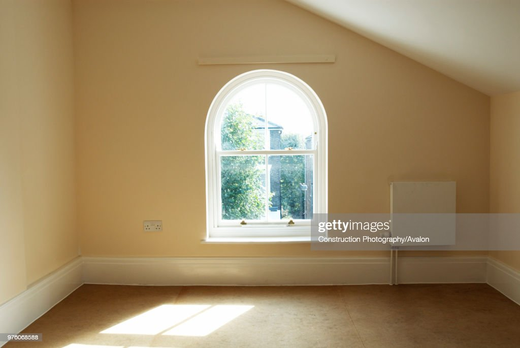 Admirable Empty Room In Victorian House With Double Glazed Wooden Sash Download Free Architecture Designs Griteanizatbritishbridgeorg