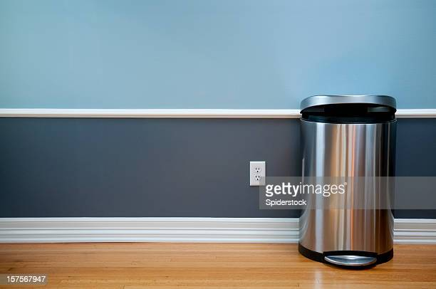 empty room with modern trash can - garbage bin stock pictures, royalty-free photos & images