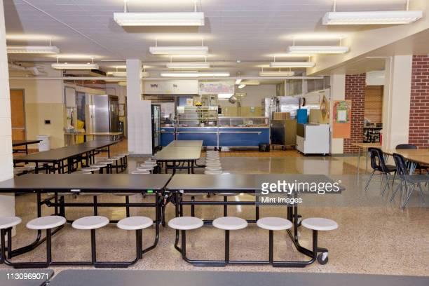 empty school cafeteria - north carolina amerikaanse staat stockfoto's en -beelden