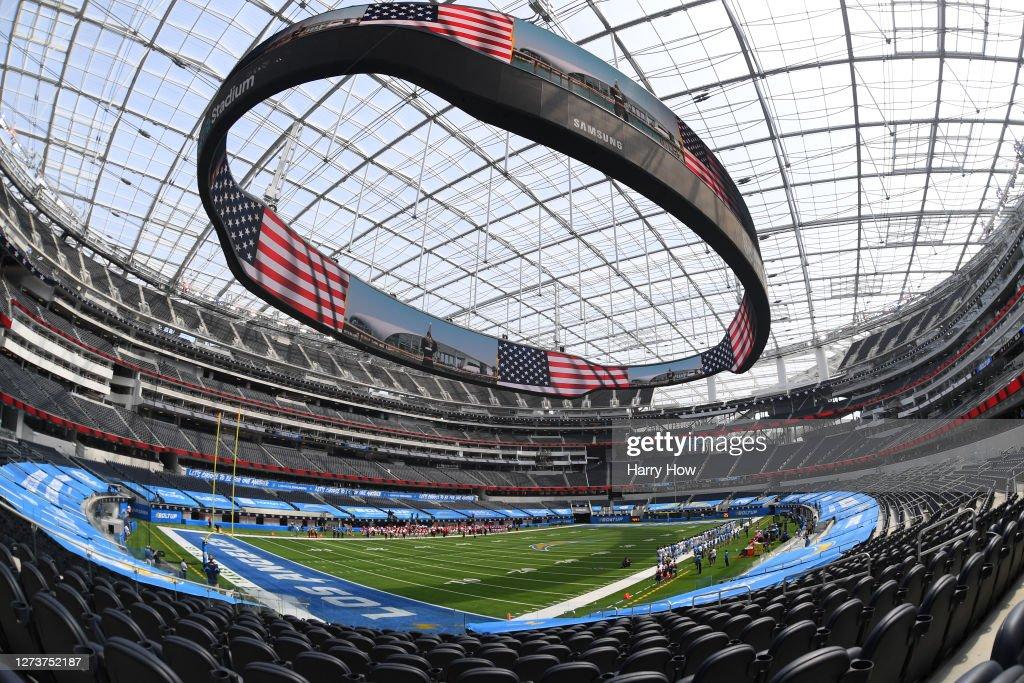 Kansas City Chiefs v Los Angeles Chargers : News Photo