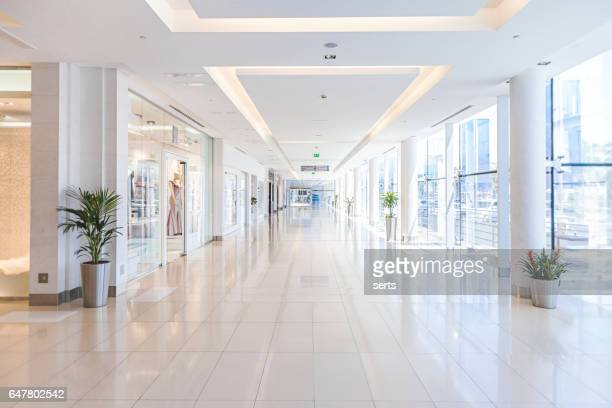 empty shopping mall - flooring stock photos and pictures