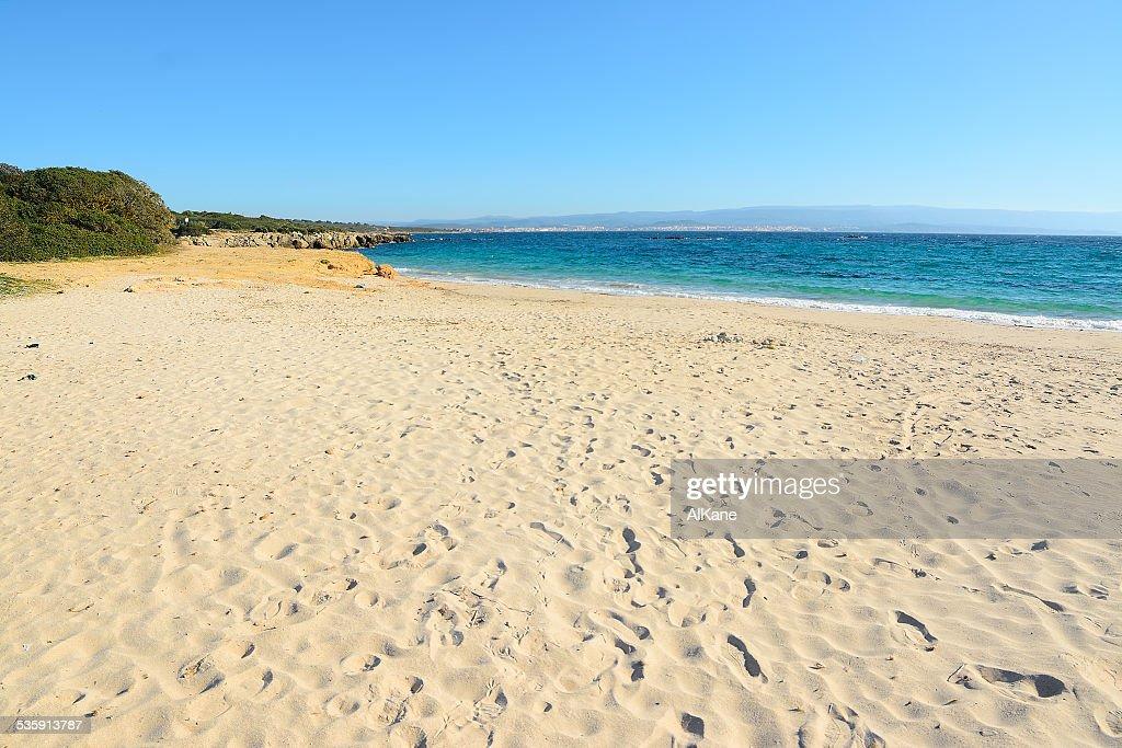 Costa na praia Lazzaretto vazio : Foto de stock