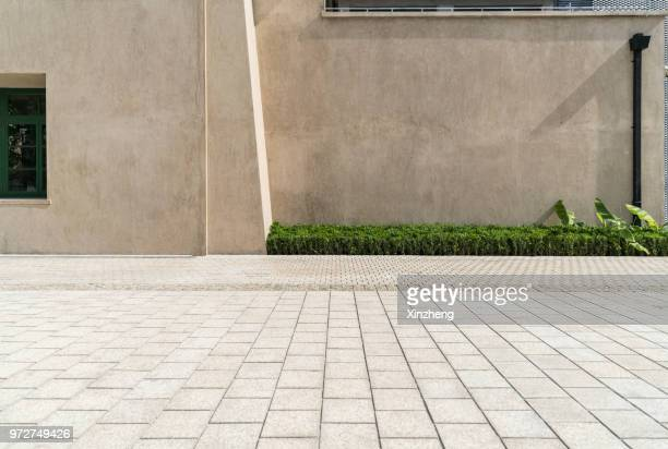 empty square front of modern architectures - thoroughfare stock photos and pictures