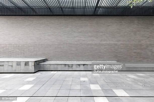 empty square in beijing - stoep stockfoto's en -beelden