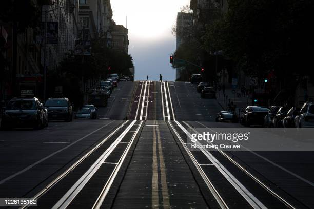 empty street during covid19 lockdown - san francisco california stock pictures, royalty-free photos & images
