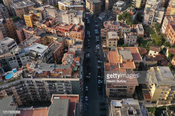 empty streets, rome, palm sunday, covid-19 - rome italy stock pictures, royalty-free photos & images