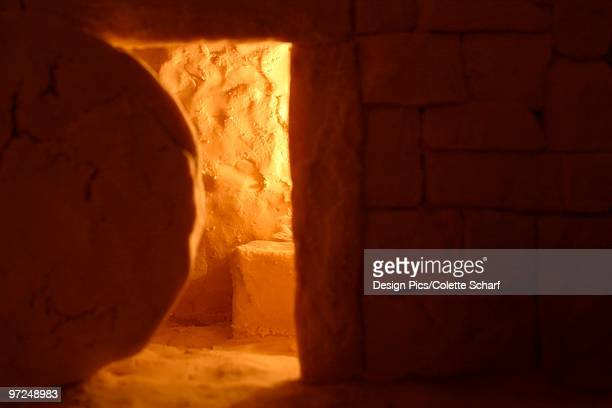 empty tomb - death and resurrection of jesus stock photos and pictures