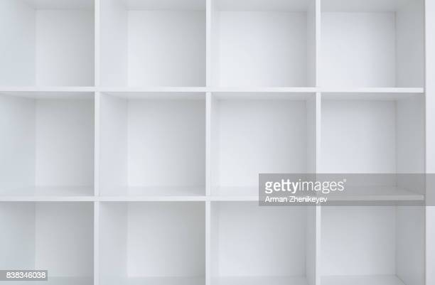 empty white shelf cabinet - leer stock-fotos und bilder