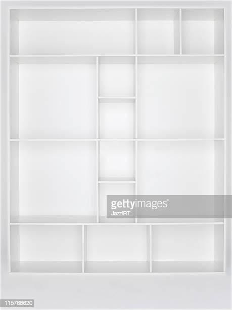Une étagère en bois vide blanc