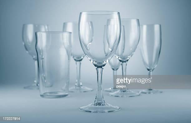 Leere Gläser Wein